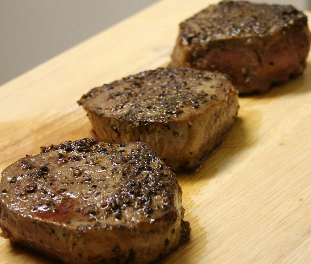 タンパク質、肉、ステーキ、食事