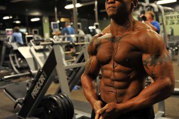 ダイエット、肉体改造、筋トレ、パーソナルトレーナー、食事、休養、トレーニング方法、筋トレ方法、ジェクサーライトジム新宿、パーソナルトレーニング、ボディメイク、バルクアップ、ベンチプレス、ビッグ3