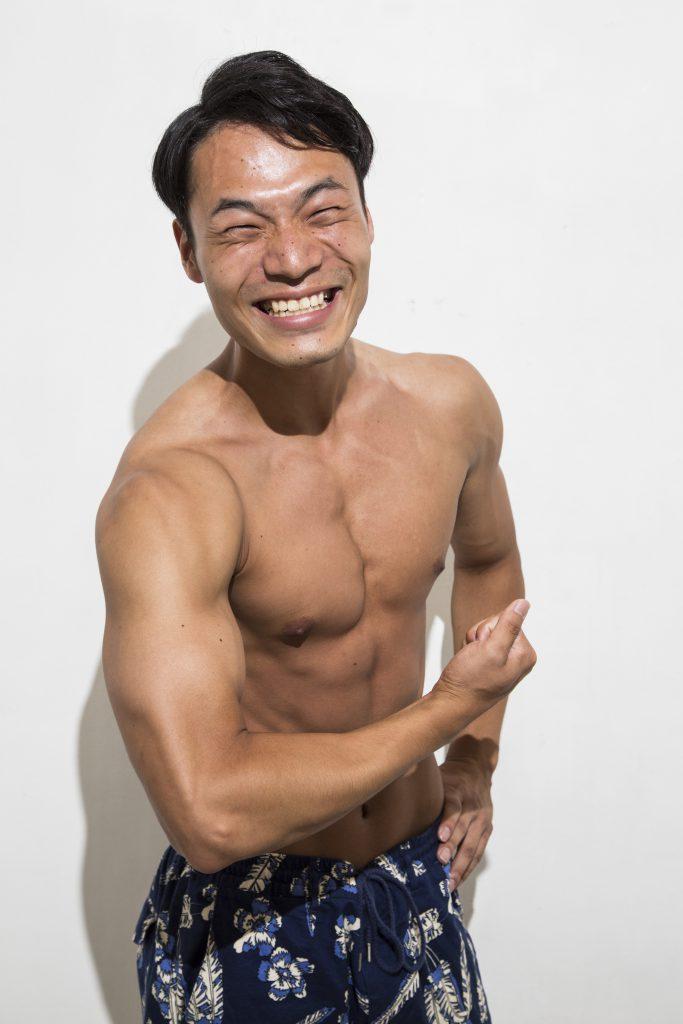 岡田光、宣材写真、パーソナルトレーナー